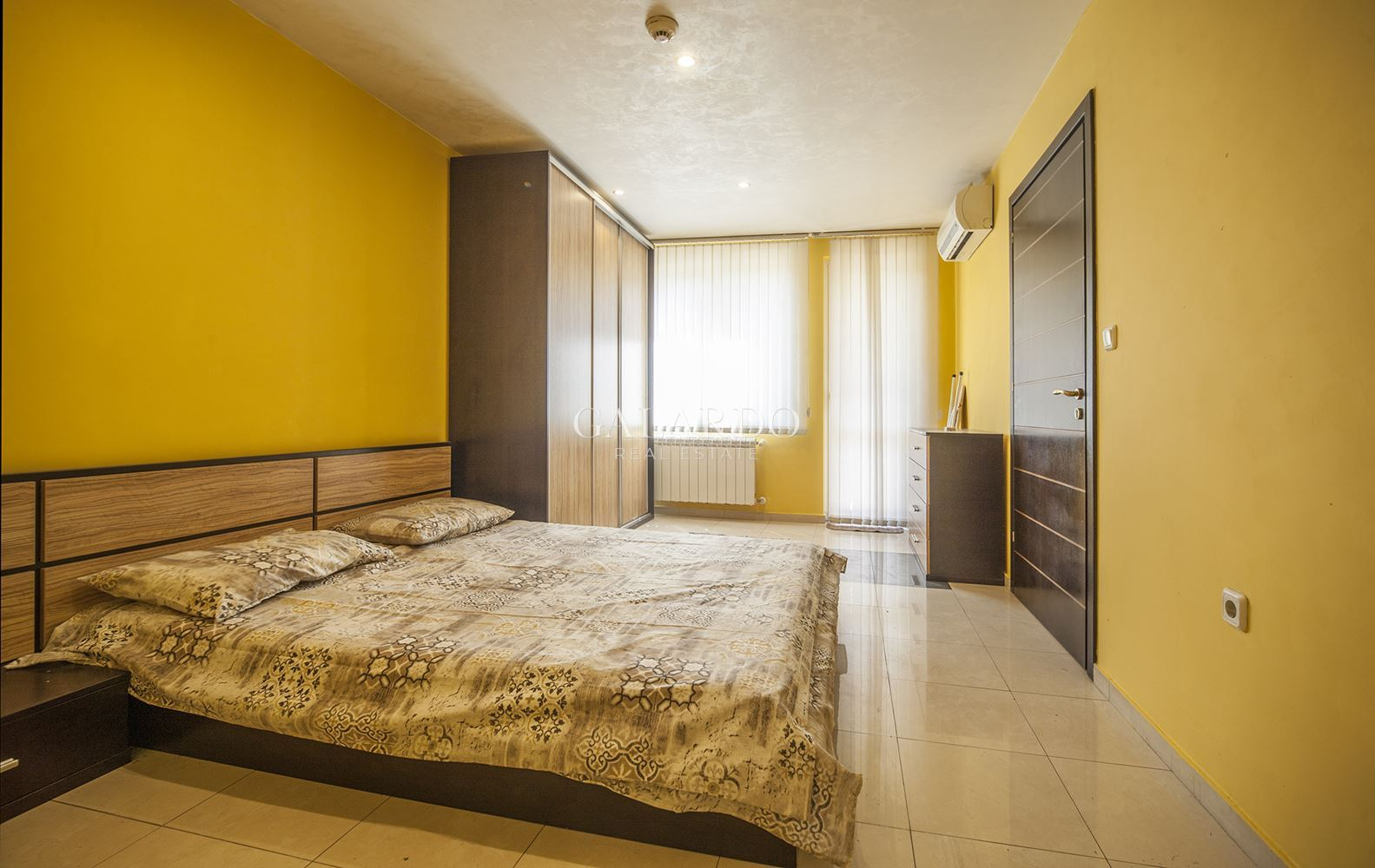 Two-bedroom apartment in