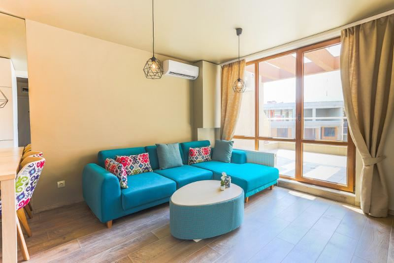 Sunny apartment in the area of Mall Paradise