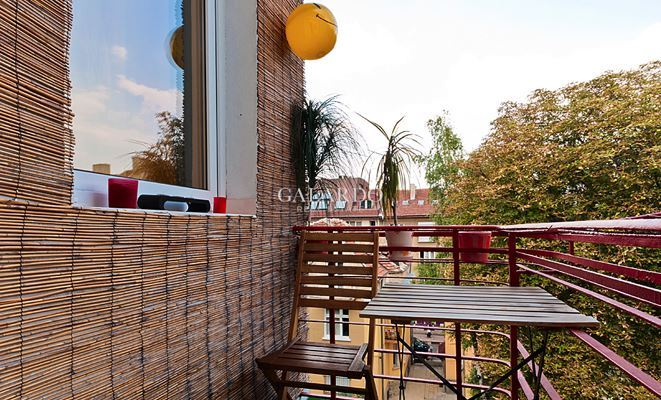 Bright and cozy two bedroom apartment near the National Palace of Culture and Vitosha blvd.