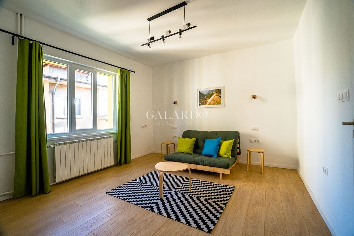 Spacious and sunny apartment for design project in Yavorov district