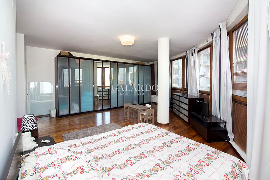 Apartment with panoramic view in gated complex