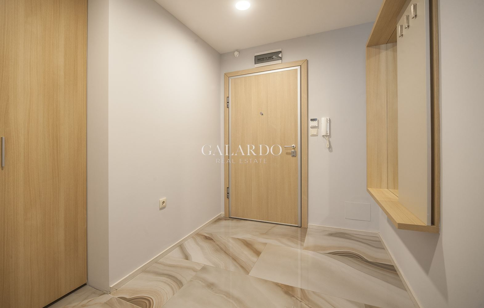 Modern one bedroom apartment with terrace near South Park, Lozenets