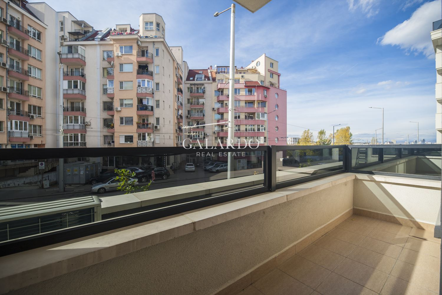 Cozy one bedroom apartment in a luxury gated complex