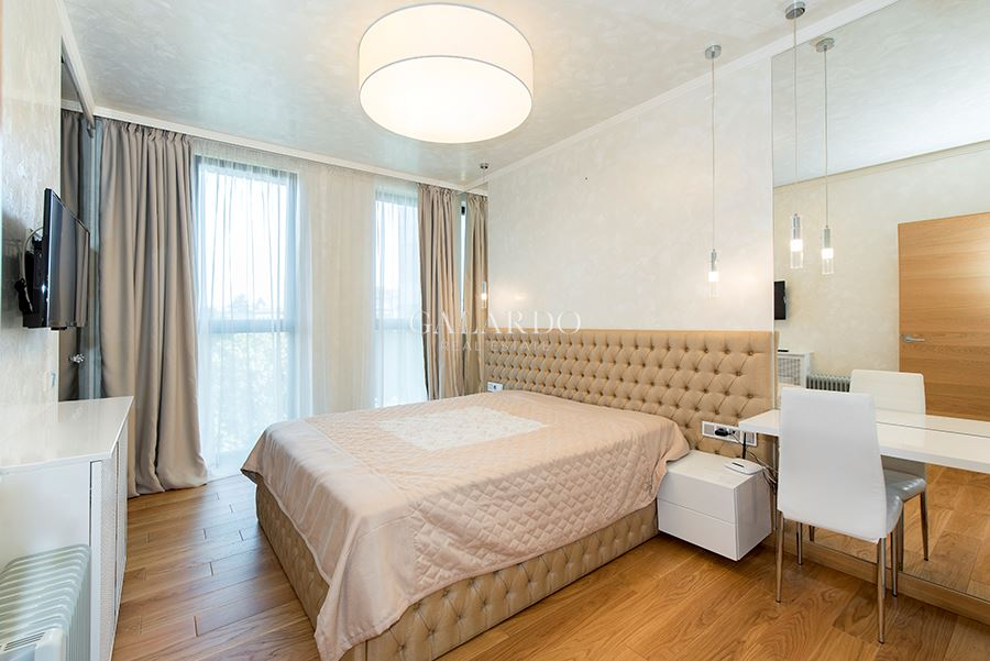Luxury one-bedroom apartment in Red Apple