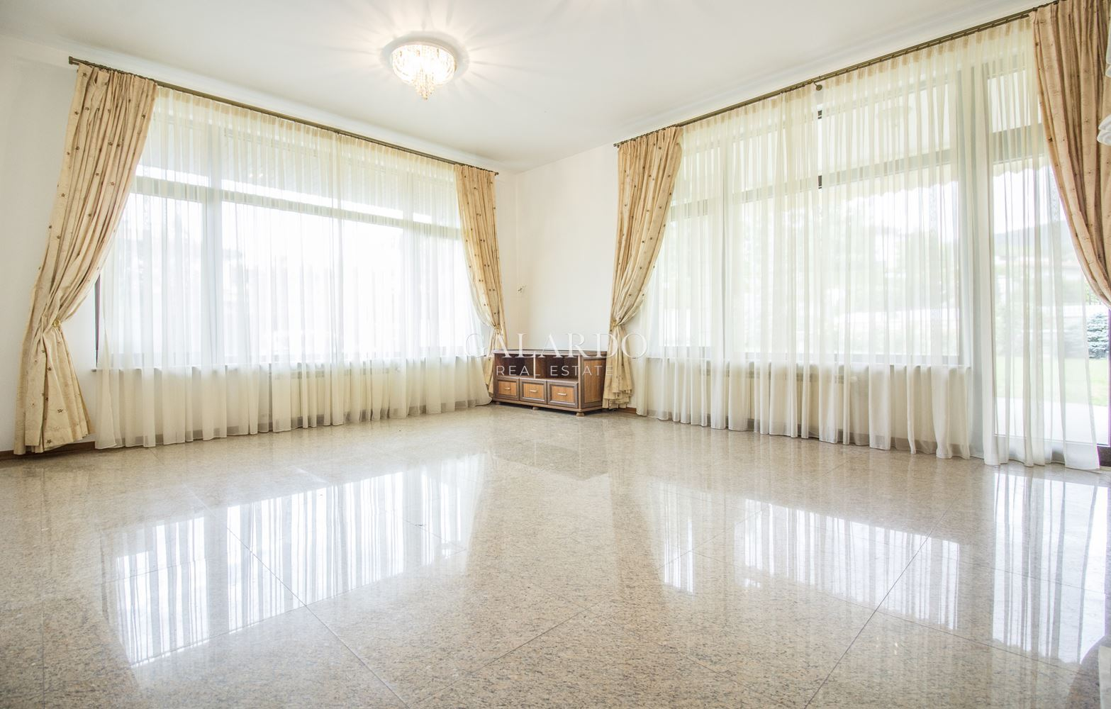 House in a gated complex for rent