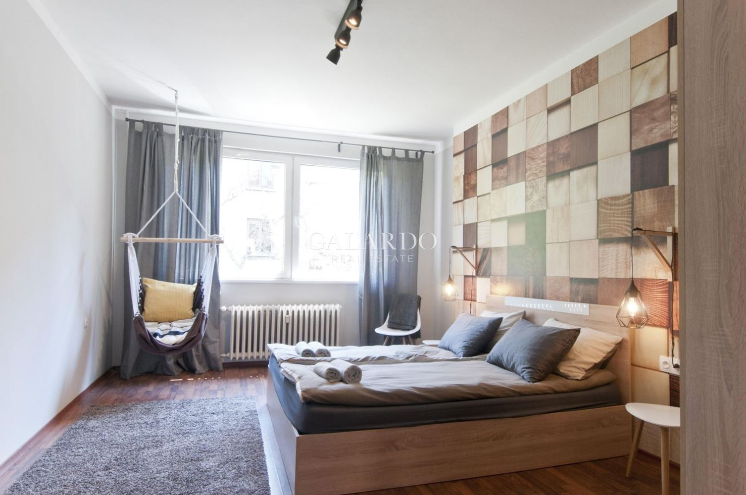 Designer apartment near the National Palace of Culture