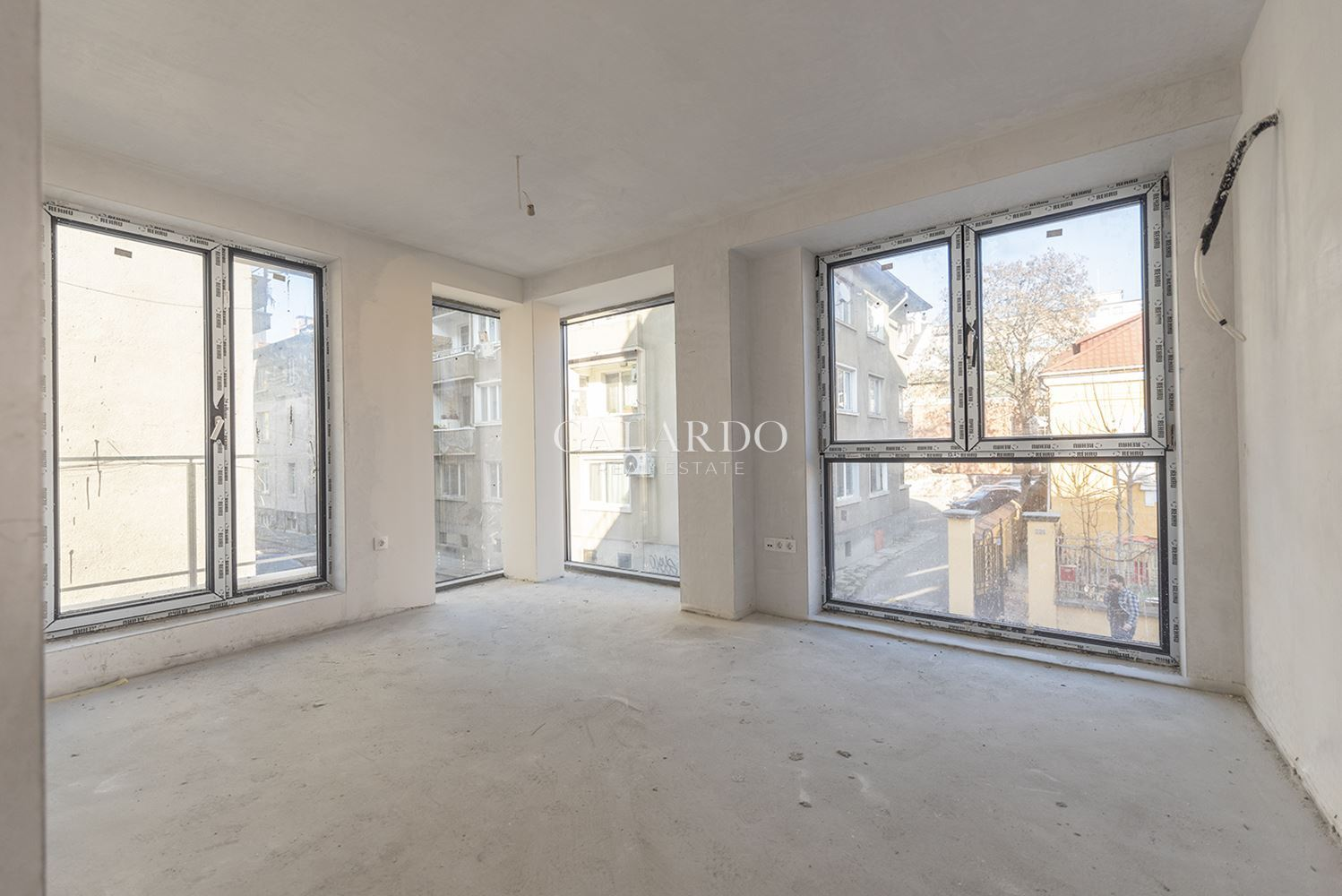 One-bedroom apartment for sale in a boutique building