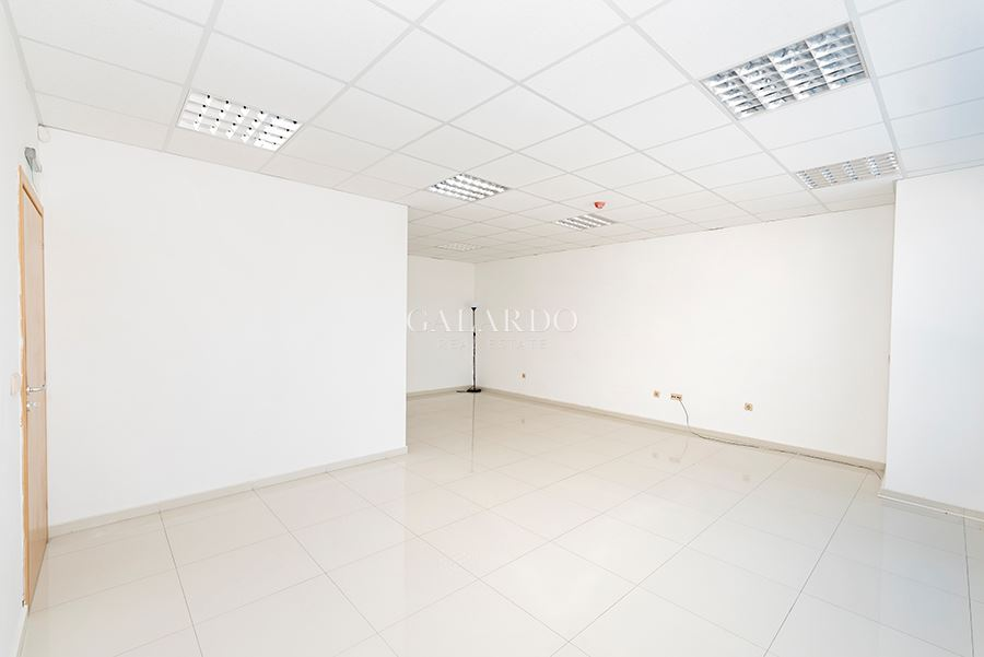 Office with communicative location