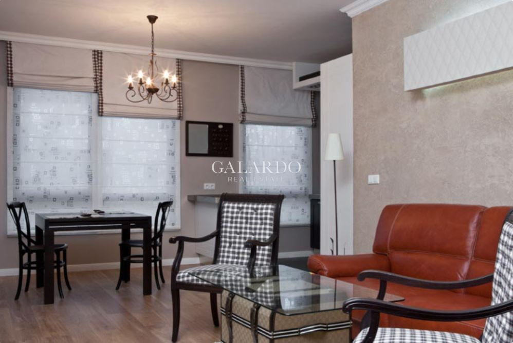 One bedroom apartment in a luxury gated complex