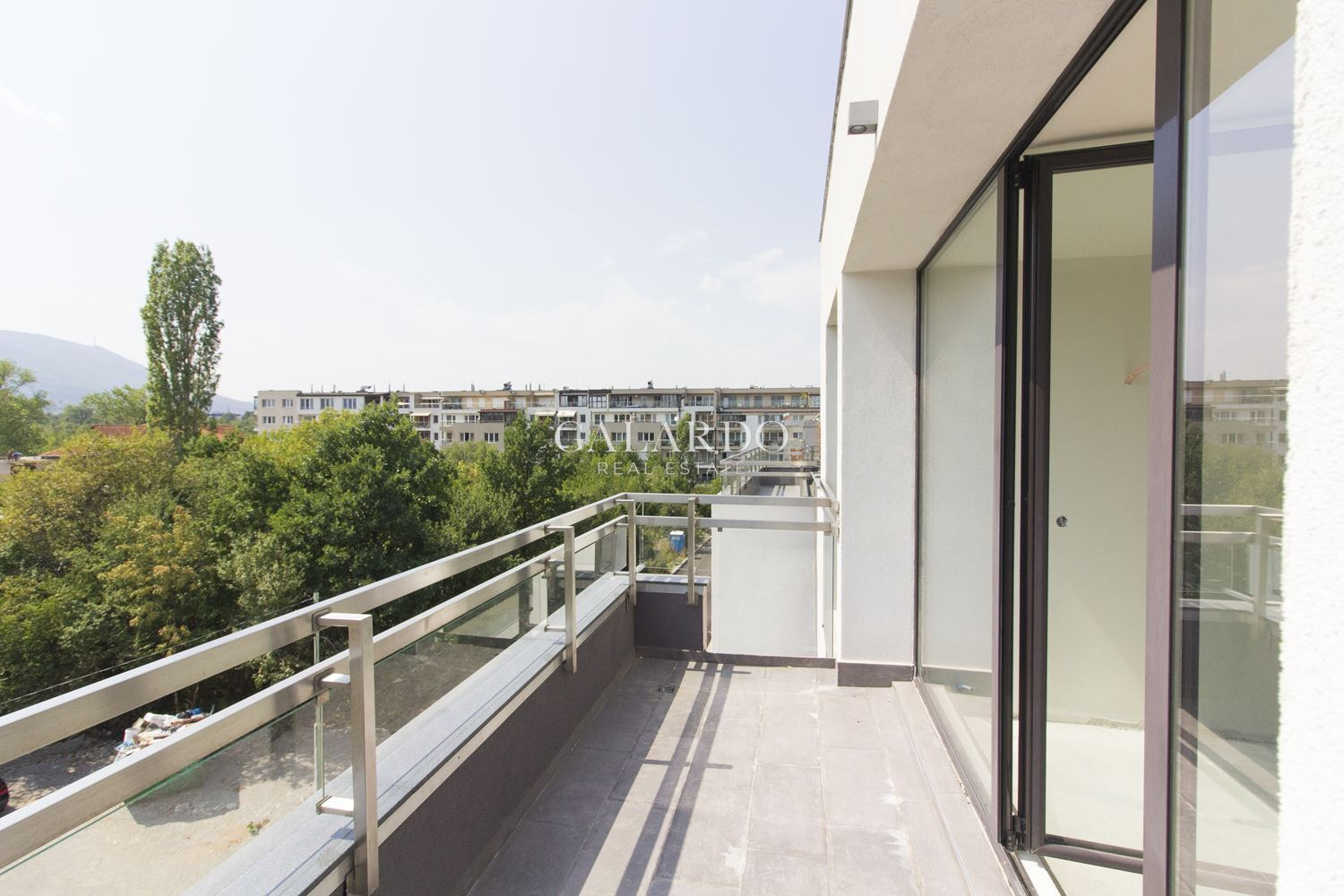 Bright two-bedroom penthouse in Vitosha district