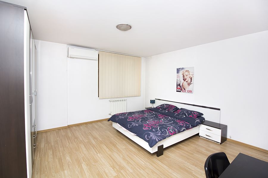 Тwo-bedroom apartment in Iztok in gated complex