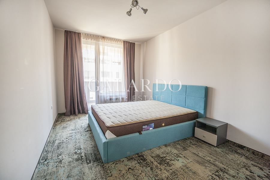 New one- bedroom apartment to Mall PARADISE