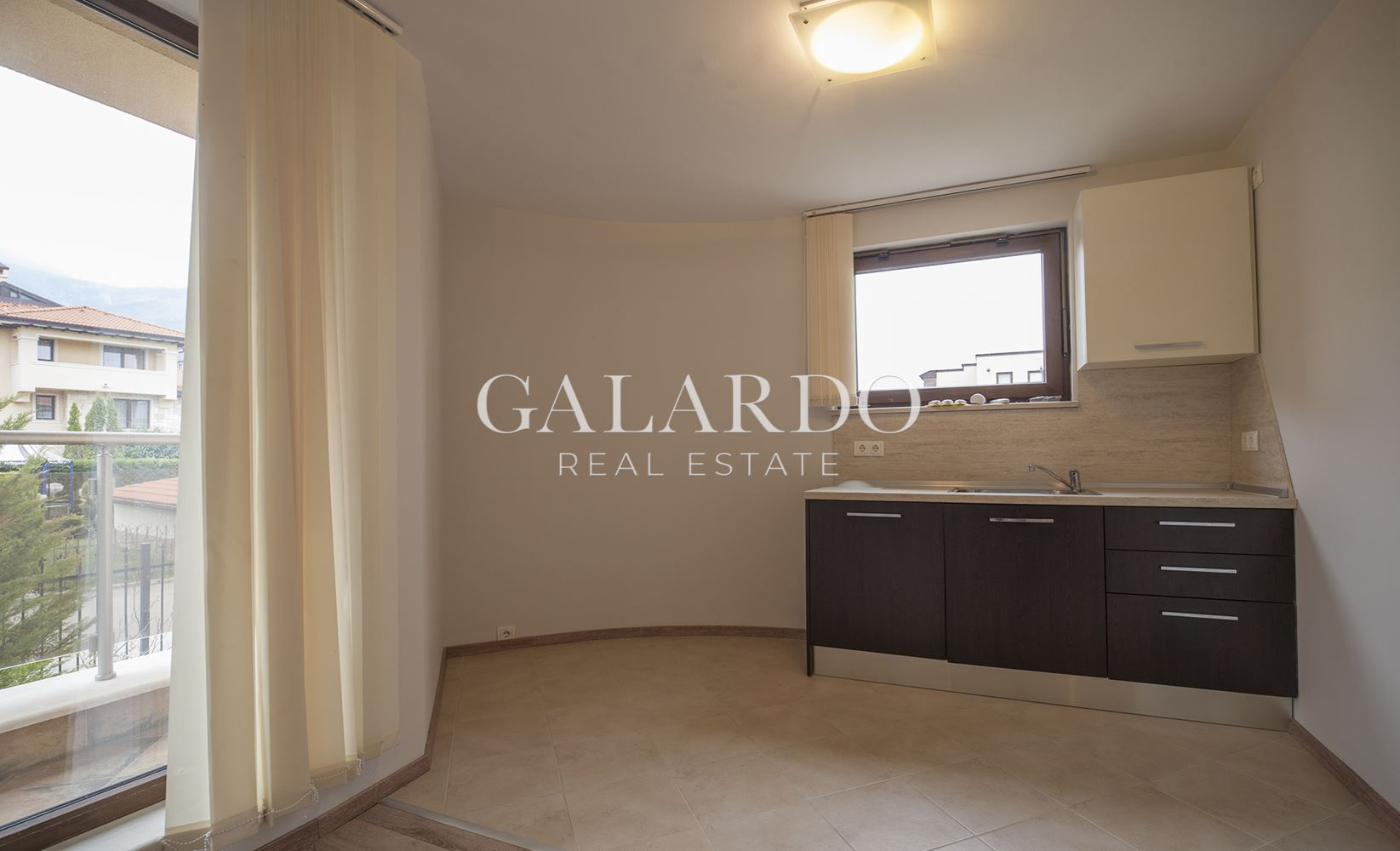 Panoramic three-bedroom apartment in gated complex in Dragalevtsi district